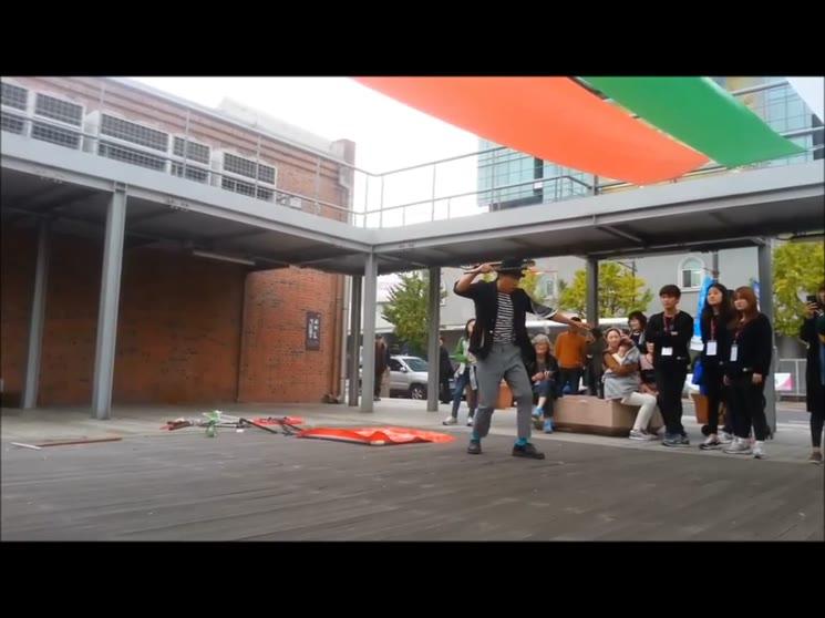 인천아트플랫폼 팀클라운 야외공연